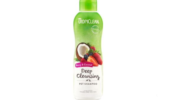 TropiClean Deep Cleaning Berry & Coconut Dog & Cat Shampoo, 355 ml