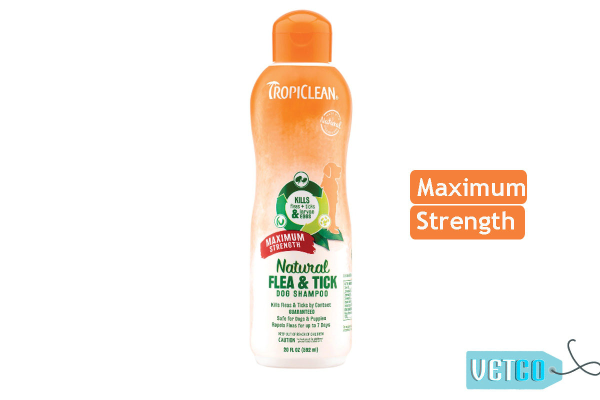 TropiClean Maximum Strength Natural Flea & Tick Dog Shampoo, 592 ml
