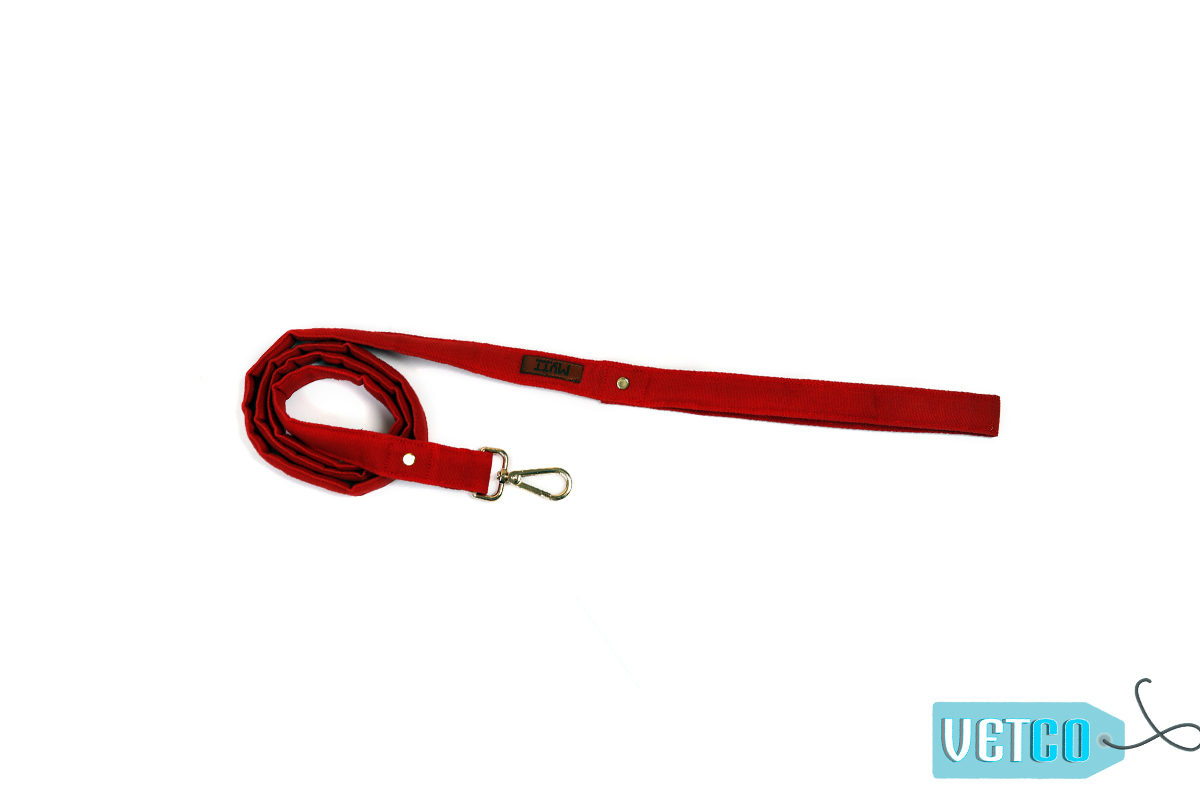 Mutt Ofcourse Water & Dirt Resistant Strawberry Dog Leash