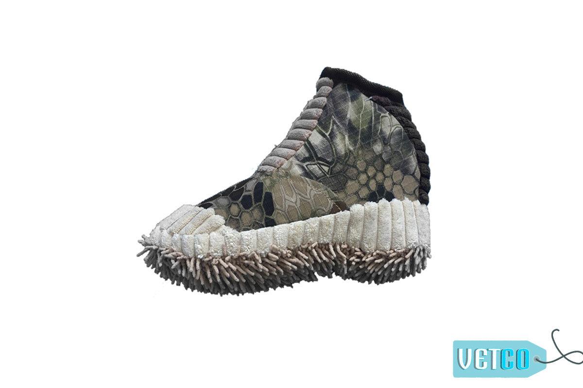 Nutrapet Plush Sneakers Jute Dog Toy
