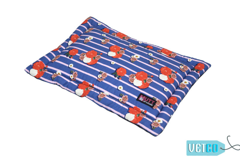 Mutt of Course Pawesome Blossom Mat for Cats & Dogs