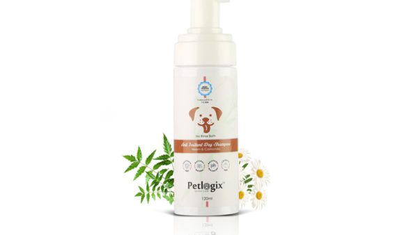Petlogix Anti Irritant Waterless Dry Dog Shampoo, 120 ml